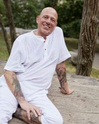 Amazing Sound Healer Mark David joining us in Italy!